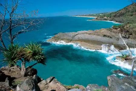 至于南斯塔拉布罗克岛则另有一番景象.